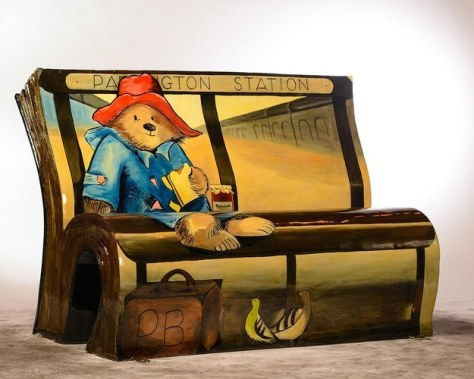 Banca de Paddington Bear, basada en el cuento de Michael Bond.